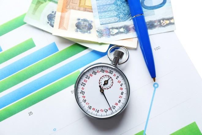 Thị trường tài chính 24h: Chứng khoán trong nước bùng nổ