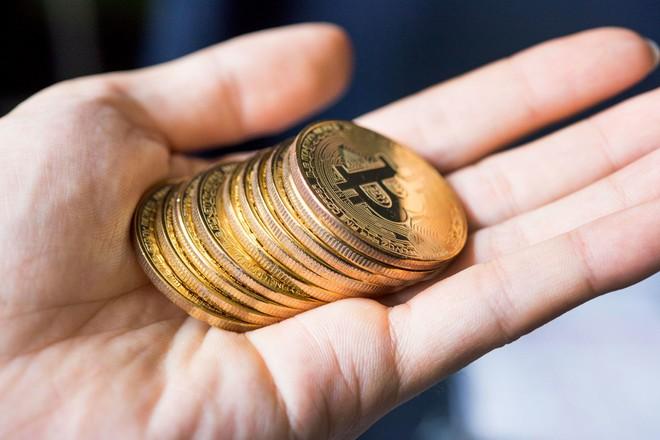 Gáo nước lạnh cần thiết cho thị trường Bitcoin
