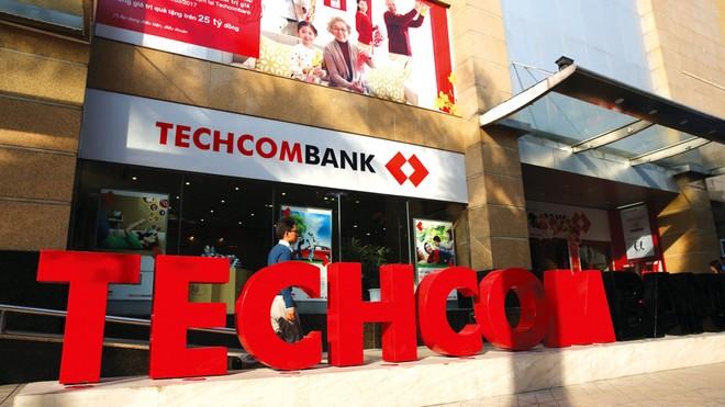 Techcombank công bố gói hỗ trợ khách hàng 30.000 tỷ đồng ảnh 1