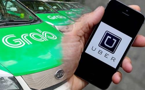 """Bộ Tài chính """"bác"""" thẳng việc Uber, Grab được ưu đãi thuế so với taxi truyền thống ảnh 1"""
