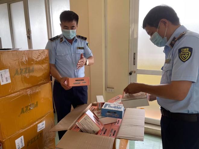 Phát hiện hàng ngàn sản phẩm thuốc lá điện tử nhập lậu tại Hà Nội