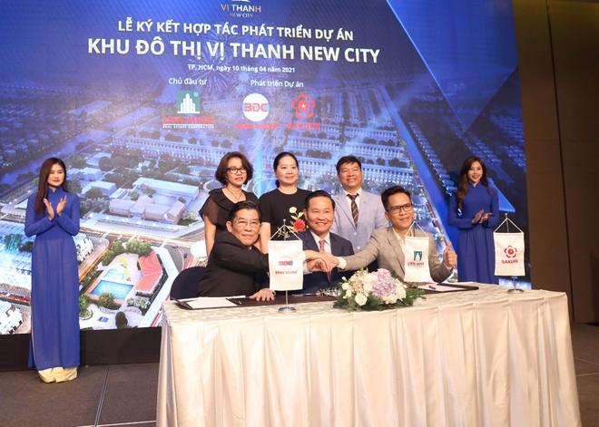 """Công ty Băng Dương và Sakura """"bắt tay"""" phát triển dự án Khu đô thị Vị Thanh New City"""