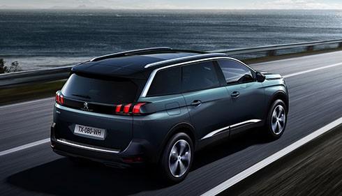 Peugeot 5008 giá gần 1,5 tỷ - đối thủ mới của Toyota Fortuner tại Việt Nam ảnh 2