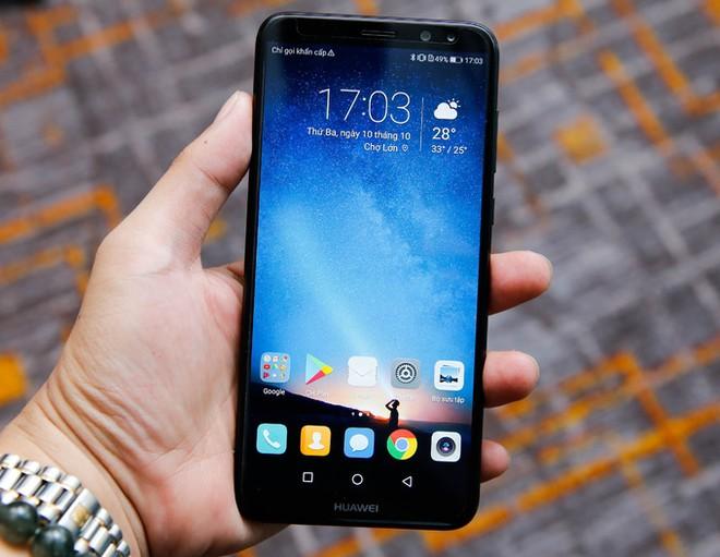 7 smartphone tầm trung nổi bật nửa cuối năm 2017 ảnh 2