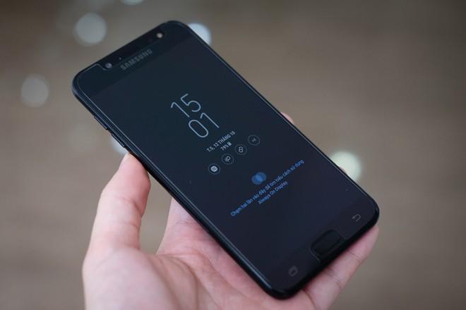 7 smartphone tầm trung nổi bật nửa cuối năm 2017 ảnh 4
