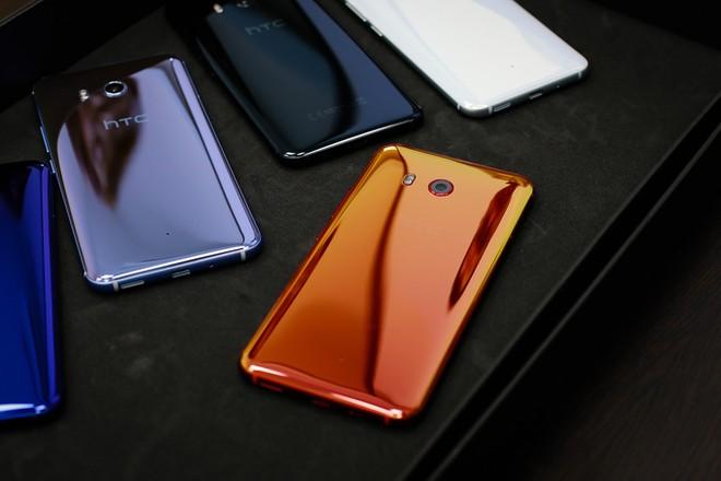 5 smartphone cao cấp giá tốt dịp cuối năm ảnh 2