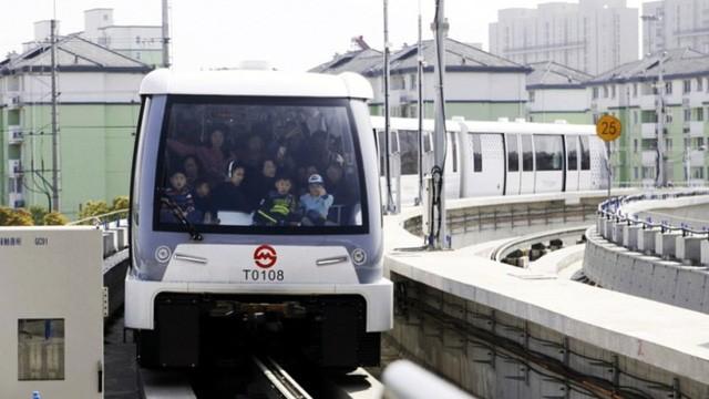 Thượng Hải cho chạy thử tuyến đường sắt đô thị không người lái ảnh 1