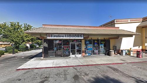 Cửa hàng rượu Ernie ở thành phố San Jose, bang California, Mỹ, nơi bán ra chiếc vé trúng độc đắc 522 triệu USD của Mega Millions. Ảnh: Google Maps.