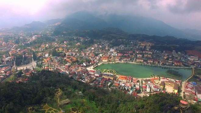 Thị trấn Sapa nhìn từ trên cao. Ảnh: Interrnet.