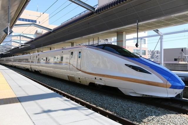 Một đoàn tàu sử dụng công nghệ động lực phân tán của Nhật Bản.