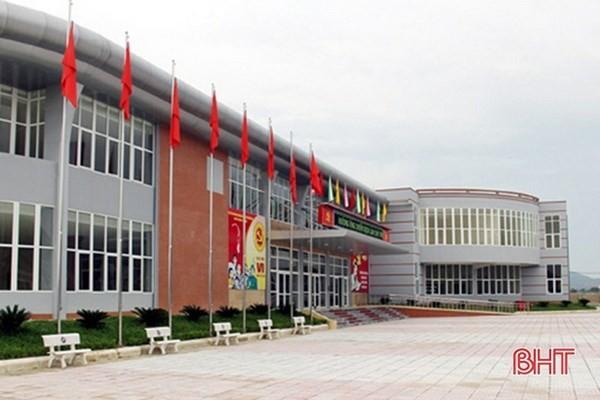 Trung tâm Văn hóa, Thông tin, Thể thao và Du lịch thị xã Hồng Lĩnh. (Nguồn: baohatinh.vn)