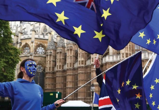 EU chấp thuận để Anh ra đi, chuyện gì sẽ diễn ra?
