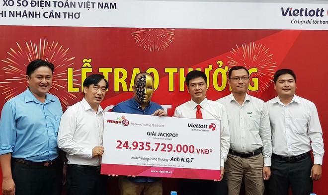 Anh T. nhận giải thưởng gần 25 tỷ đồng.