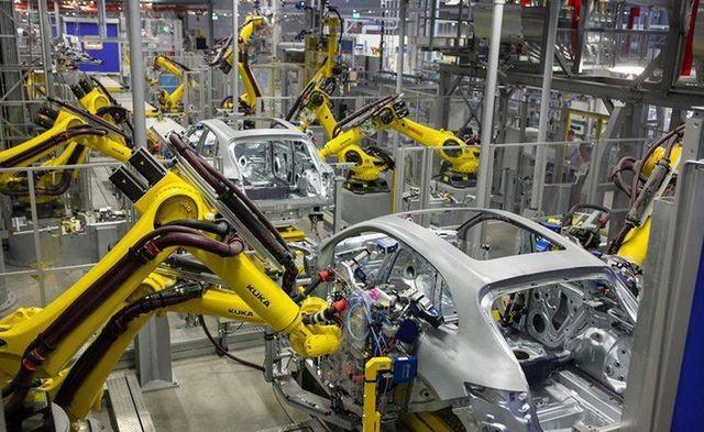 Hiện ngành công nghiệp hỗ trợ ô tô vừa nhỏ bé, vừa yếu kém (ảnh minh họa).