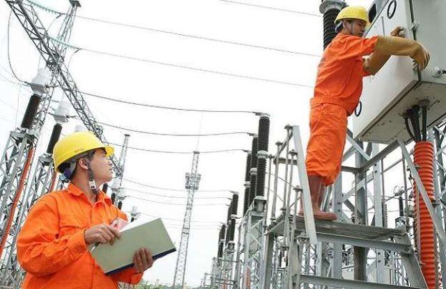 """""""Trường hợp dự án nhiệt điện Long Phú 1 không đáp ứng tiến độ hoàn thành năm 2023, tình trạng thiếu điện tại miền Nam trong các năm 2024-2025 sẽ trầm trọng hơn."""