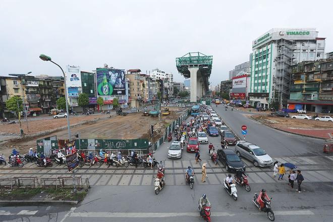 Theo ước tính của Ngân hàng Thế giới, nhu cầu đầu tư cho dự án hạ tầng của Việt Nam lên tới 25 tỷ USD/năm trong giai đoạn tới.