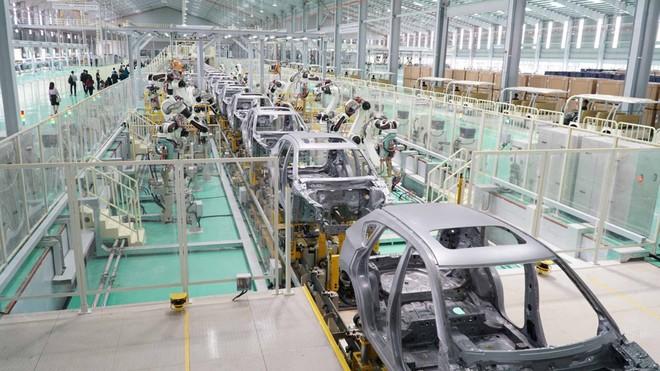 Công nghiệp ôtô Việt Nam đang đi sau các nước trong khu vực như Thái Lan và Indonesia khoảng 20 năm, nên cần có chính sách hỗ trợ cụ thể và thiết thực để khuyến khích đột phá.. Ảnh Internet