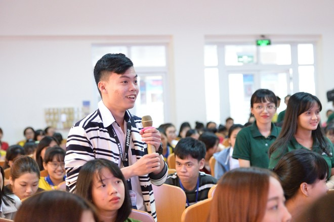 Hành trình truyền cảm hứng tới các Đại sứ chứng khoán 4.0 tương lai ảnh 2