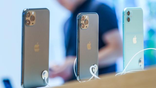 """iPhone 11 chính hãng tiếp tục """"gây sốt"""", mỗi giờ có thể bán 400 máy ảnh 1"""