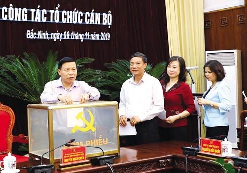 Ban Chấp hành Tỉnh ủy Bắc Ninh bầu bổ sung chức danh Phó Bí thư Tỉnh ủy nhiệm kỳ 2015-2020 đối với các đồng chí Nguyễn Hương Giang và Nguyễn Quốc Chung.