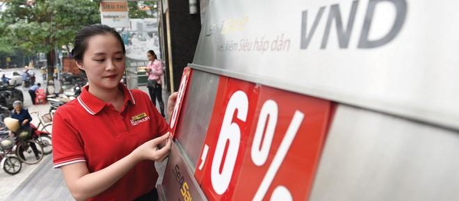 Lãi suất huy động tại các ngân hàng quy mô nhỏ và vừa phổ biến từ 8%/năm trở lên.
