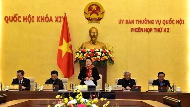 Phiên họp thứ 42 của Ủy ban Thường vụ Quốc hội.