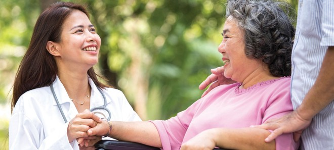 Đời sống người dân cải thiện, kéo theo nhu cầu về chăm sóc sức khỏe ngày một tăng.
