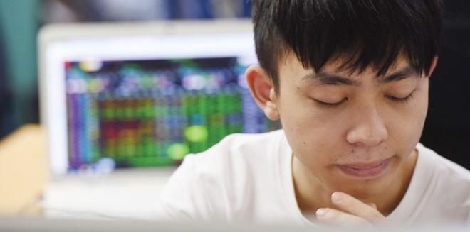 Nhà đầu tư mất tiền oan vì tin doanh nghiệp