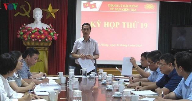 Ông Đỗ Mạnh Hiến, Ủy viên Ban Thường vụ, Chủ nhiệm Ủy ban Kiểm tra Thành ủy Hải Phòng chủ trì kỳ họp thứ 19 Ủy ban Kiểm tra Thành ủy.