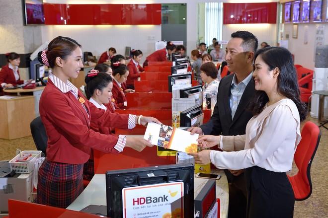 Đồng hành cùng khách hàng vượt đại dịch, HDBank (HDB) duy trì tăng trưởng cao và bền vững, kiểm soát nợ xấu dưới 1,1%