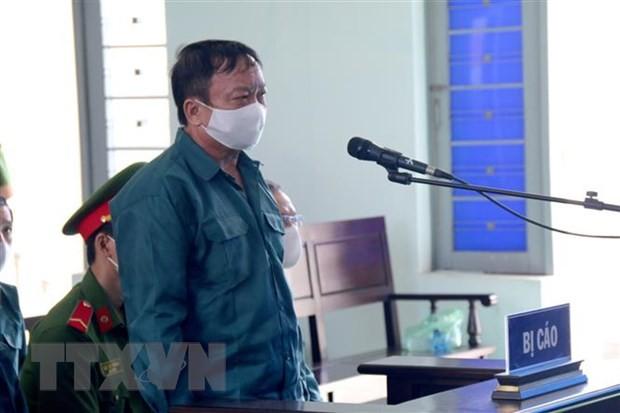 Bị cáo Trần Hoàng Khôi, nguyên Phó Chủ tịch Ủy ban nhân dân thành phố Phan Thiết, tại một phiên tòa. (Ảnh: Nguyễn Thanh/TTXVN).