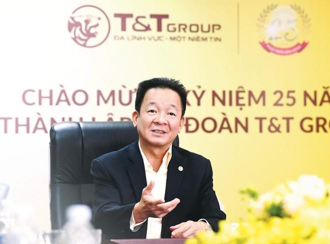 Chủ tịch Đỗ Quang Hiển không né tránh bất cứ điều gì mà nhà đầu tư đặt ra.
