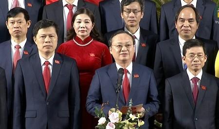 Bí thư Tỉnh ủy Hưng Yên khóa XIX thay mặt Ban Thường vụ Tỉnh ủy cảm ơn sự tin tưởng của Đại hội. Ảnh VOV.