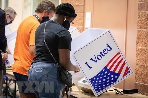 Cử tri Mỹ đi bầu cử sớm tại Nam Carolina. (Ảnh: AFP/TTXVN).