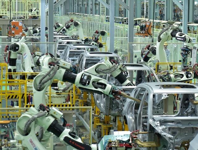 Bất chấp Covid-19, người Việt vẫn chi 5 tỷ USD để mua xe hơi và linh kiện ảnh 1