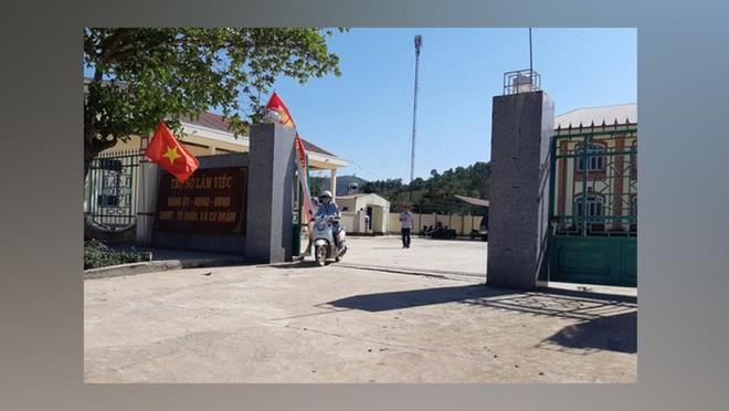 Trụ sở UBND xã Cư Đrăm nơi ông Trung làm việc.