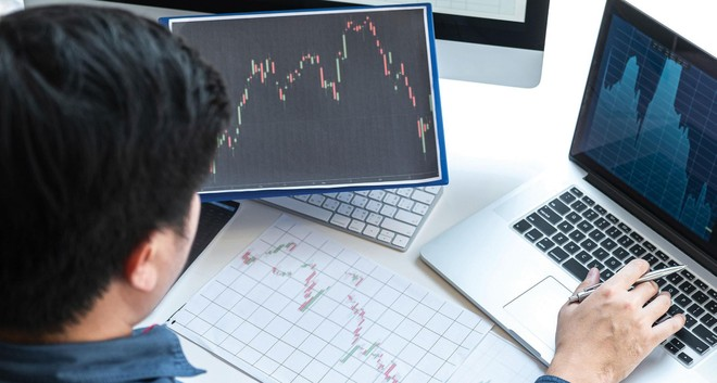 Các bước phát triển của ngành quản lý quỹ tại Việt Nam sẽ phù hợp với xu hướng trên thế giới. Ảnh: Shutterstock.