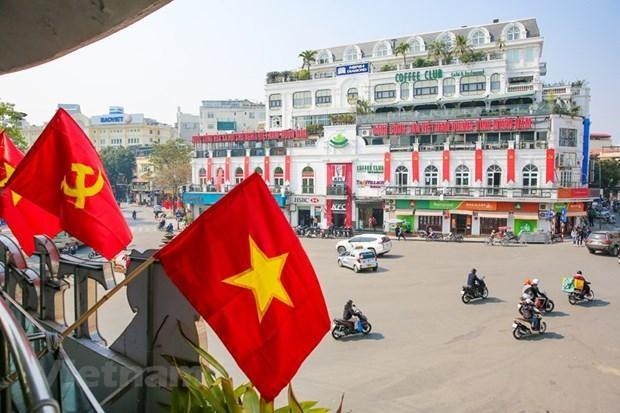 Chiều 19/1, công tác trang trí tuyên truyền, cổ động trực quan phục vụ Đại hội đại biểu toàn quốc lần thứ XIII của Đảng cơ bản đã hoàn thiện. (Ảnh: Minh Sơn/Vietnam+).