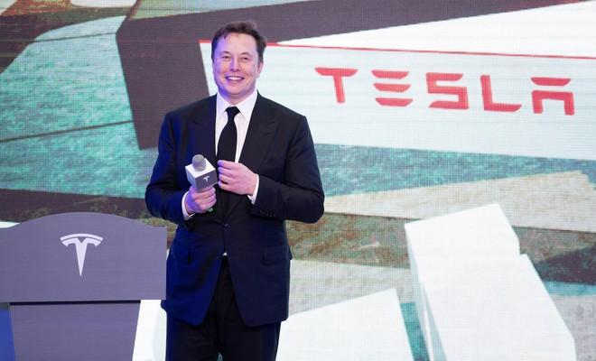 Tesla đầu tư 1,5 tỷ USD vào Bitcoin và sẽ cho phép khách hàng mua xe điện bằng Bitcoin