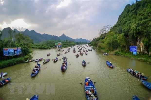 Lễ hội Chùa Hương (Hà Nội) năm 2020. (Ảnh: Thanh Tùng/TTXVN).