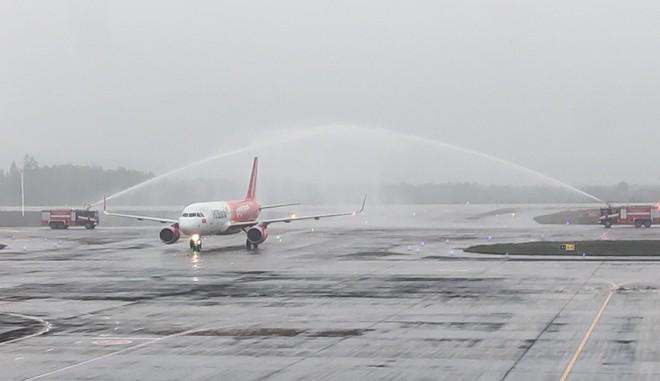 Sân bay Vân Đồn mở cửa trở lại đón chuyến bay Vietjet đầu tiên ảnh 7