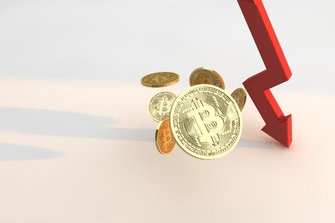 Giá Bitcoin hôm nay ngày 25/3: Cú huých từ Tesla không đủ ngăn đà sụt giảm mạnh của thị trường, Bitcoin chạm đáy 52.000 USD