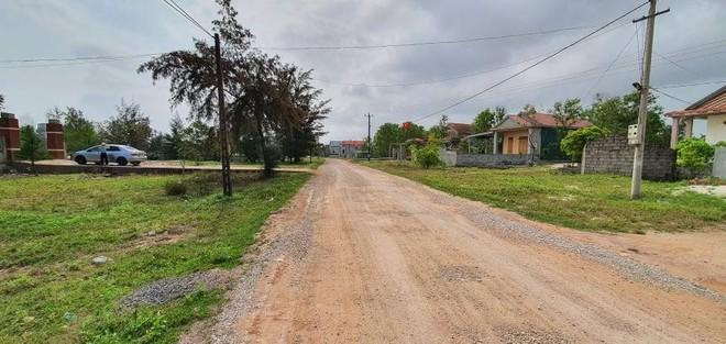 UBND tỉnh Quảng Bình yêu cầu tạm dừng các hoạt động mua bán, chuyển nhượng, chuyển mục đích sử dụng đất, cấp phép xây dựng công trình trong phạm vi đất được xác định dành cho dự án đường ven biển.