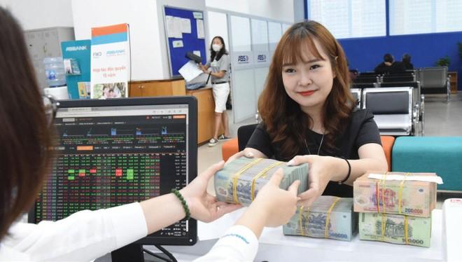 Thị trường chứng khoán: Sức bật mùa đại hội cổ đông ảnh 1