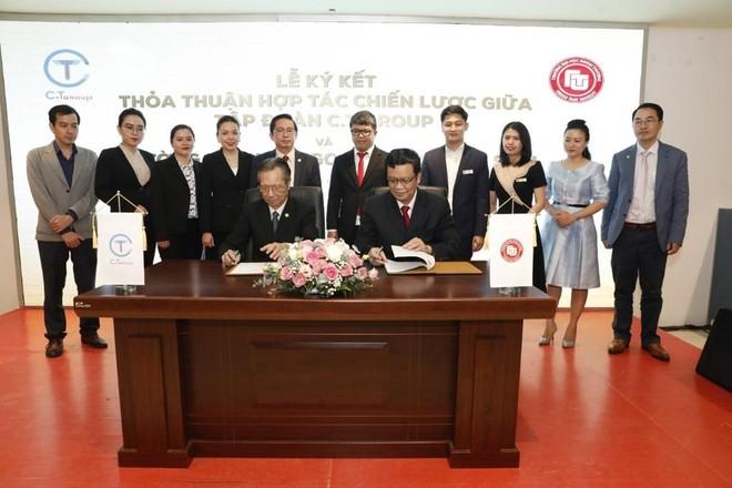 Lễ ký kết thỏa thuận hợp tác toàn diện giữa Tập đoàn C.T Group và Trường Đại học Ngoại Thương cơ sở II Thành phố Hồ Chí Minh.