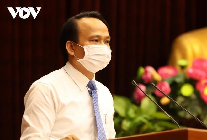 Ông Nguyễn Đình Vĩnh, Trường Ban Tổ chức Thành ủy Đà Nẵng phát biểu nhận nhiệm vụ mới.