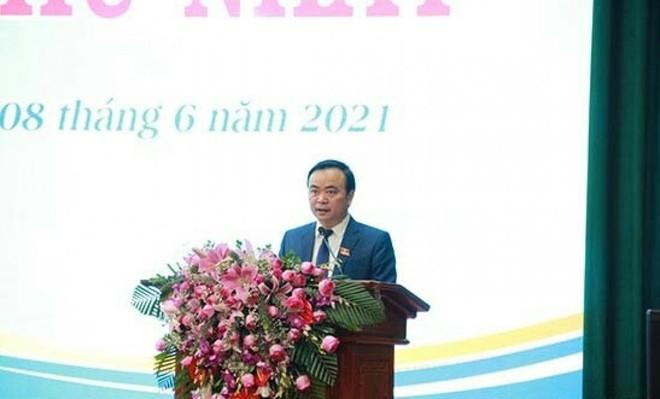 Ông Hà Trung Chiến, Bí thư Thành ủy được tín nhiệm bầu giữ chức Chủ tịch HĐND Thành phố Sơn La khóa XX, nhiệm kỳ 2021-2026.