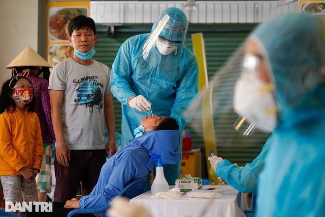 [Diễn biến dịch Covid-19] Trưa 12/6: Việt Nam ghi nhận thêm 88 ca dương tính mới với Covid-19 ở trong nước ảnh 11