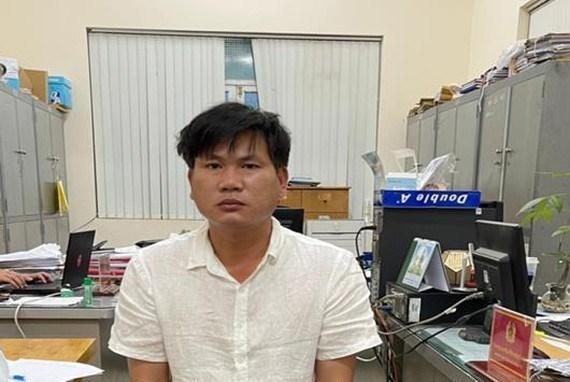 Đối tượng Bùi Mạnh Hùng tại cơ quan công an. (Ảnh: Công an tỉnh Đồng Nai).