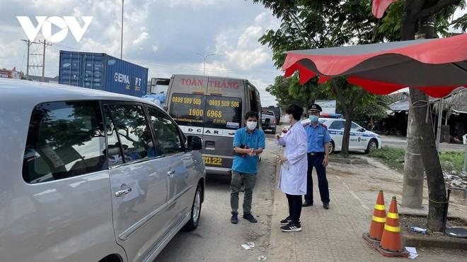Chốt kiểm tra Y tế trên quốc lộ 51 tỉnh Bà Rịa - Vũng Tàu.